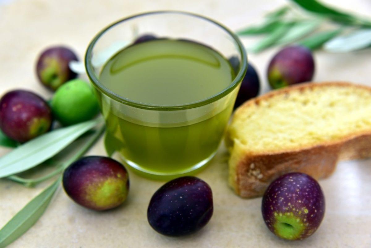 Olivenöl zu Hause herstellen