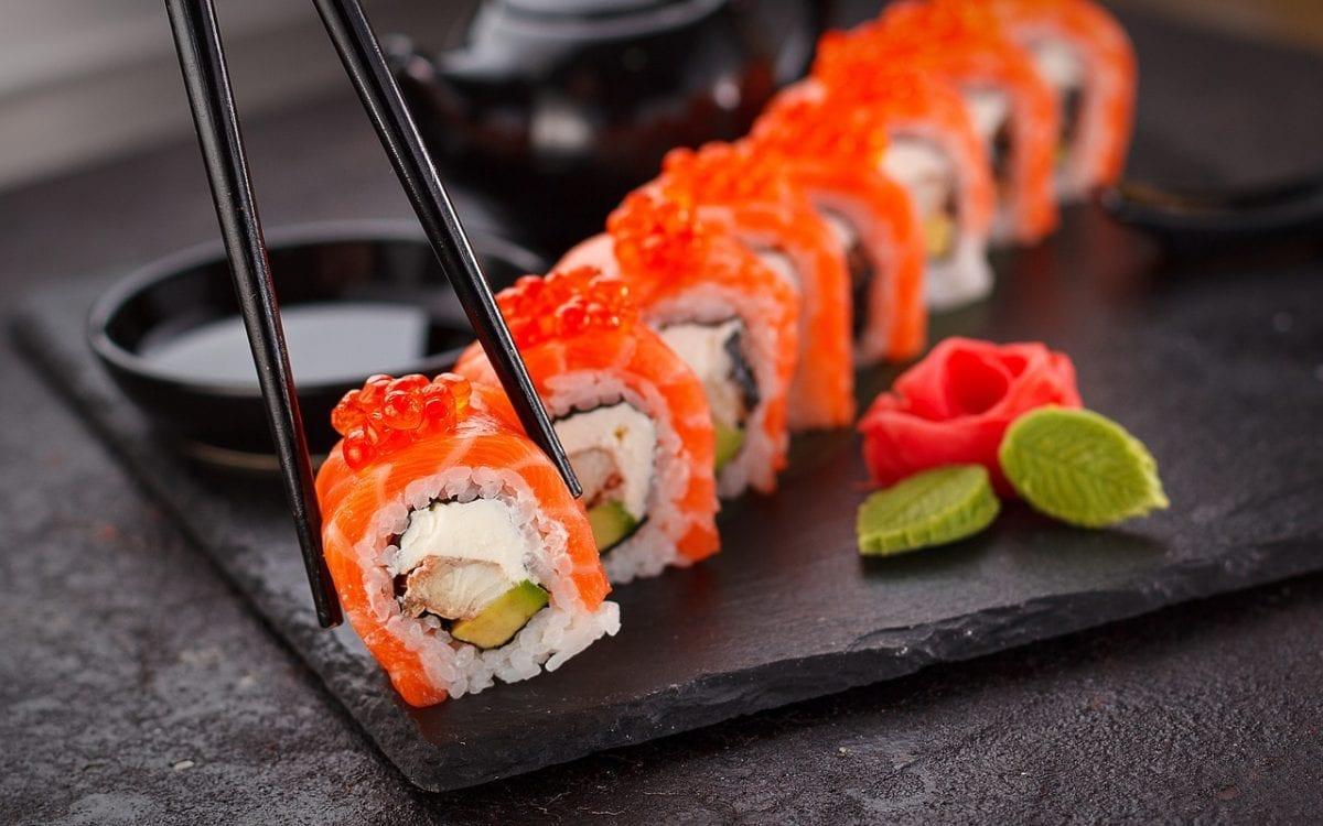 sushi en España el anisakis en el pescado