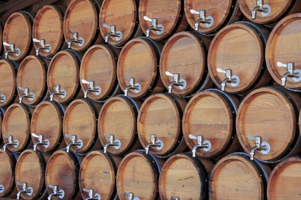 mitos del vino a granel barricas barriles