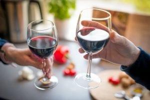 catas de vino online copas el vino no es saludable