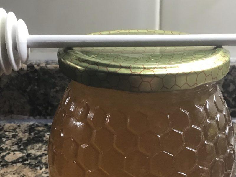 miel con etiquetado claro