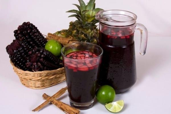 la chicha morada peruana bebida