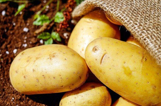 Patatas en un saco