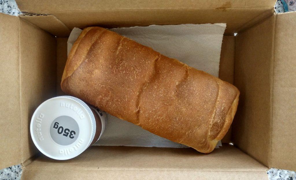 Pan de molde en una caja