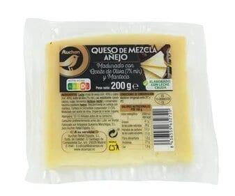 queso mezcla añejo