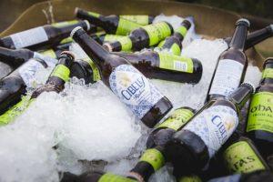 garrafas de cerveja geladas